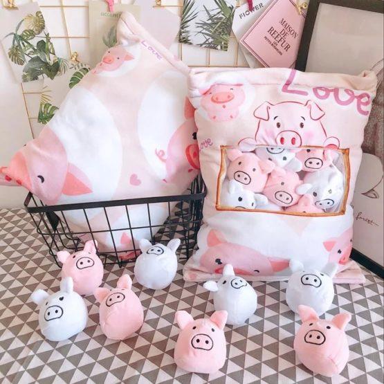 A Bag of Kawaii Piglet Pudding Dolls