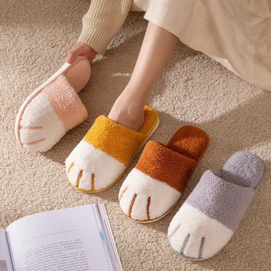 Kawaii Cat Paw Fluffy Slippers – Special Edition