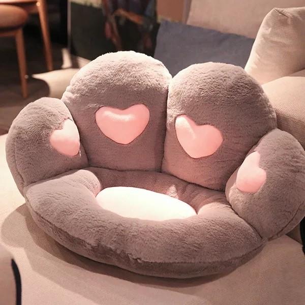 Cat Paw Heart Seat (5)